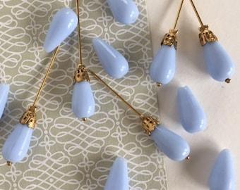 Vintage Sky Blue Beads, Milk Glass Tear Drop Bead, 14 x 7mm, 20Pcs