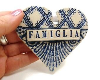Famiglia Heart Ornament, Italian Family, Italian Christmas, Famiglia Sign, Italian Gift, Italian Ornament, Christmas Tree Ornament