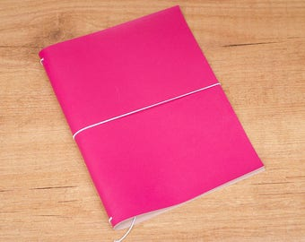 Handmade Leather Traveler's Notebook, Midori style in A5 size - Fucsia