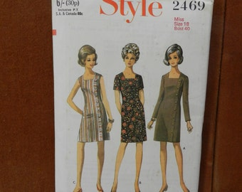 Style Vintage Ladies Dress Pattern #2469 Size 18, Bust 30,
