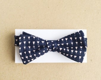 Navy Bow Tie with Small Pink Triangles