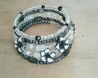 Black bracelet, White bracelet, fimo flower bracelet, memory wire bracelet, beaded bracelet, wrap bracelet, gift for her, neutral bracelet