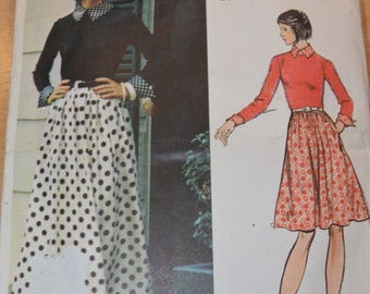 Vintage Vogue 2865 Designer Dress pattern, size 10.  Vogue Americana / Bill Blass