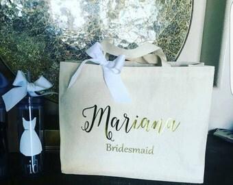 Bridal Tote. Bride Bag. Bridesmaid Tote. Bridesmaid Bag. Personalized Tote. Personalized Name Tote. Wedding Day Tote.