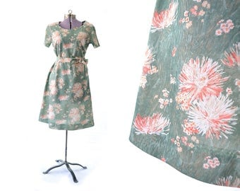1960s Dress Casual Dress Green Dress Floral Print Dress Vintage Dress 60s Dress Large Dress Flower print Dress Day Dress Vintage Clothing