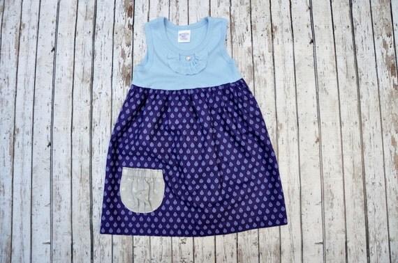 Ladybug Pocket Dress 2/3