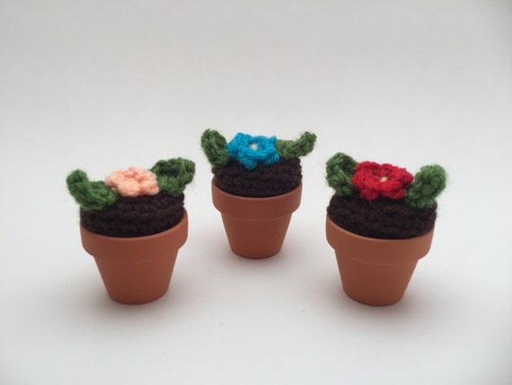 Amigurumi Flower Pot : mini flower pot under 10 amigurumi flower tiny flower