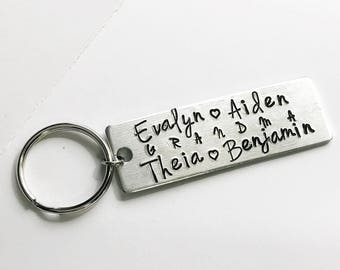 Personalized Grandma or Mom Aluminum Metalstamped Handstamped keychain // Mother's Day dad grandpa gift custom family