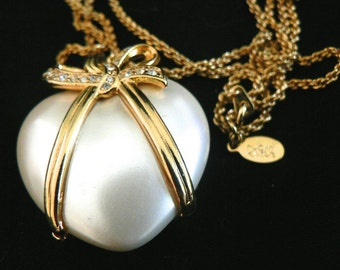 Joan Rivers Necklace Puffy Heart Faux Pearl with Crystals -          S1491
