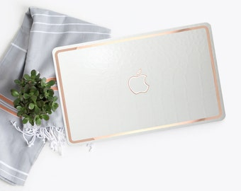 Platinum Edition Embossed Snake Pearl with Rose Gold Edge Detailing Hybrid Hard Case for Apple Macbook Air & Mac Pro Retina , Mac Pro 2016