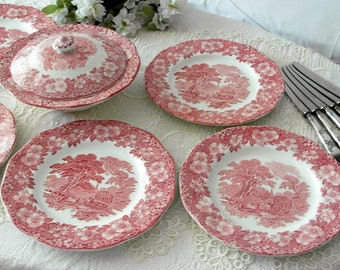 WEDGWOOD for 6 persons WOODLAND red white Transferware / dining plates and lidded tureen with English landscape scenes