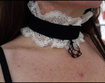 Pink Quartz Pendant - Vintage Crew Necklace
