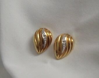 14k Yellow Gold Vintage Diamond Tear Drop Earrings