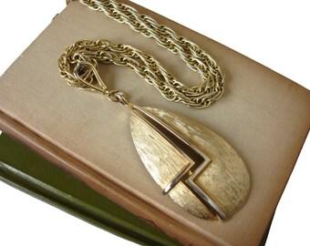 Large CORO Pendant Necklace 1970s Necklace Vintage Mod Pendant Necklace Vintage CORO Necklace Gold Tone Pendant Large Pendant Necklace