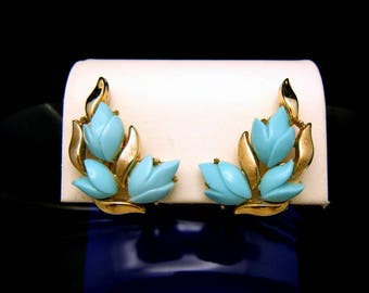 Crown Trifari Earrings Turquoise Lucite Flowers Matte Shiny Gold Tone Clip Ons