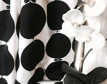 Scandinavian vintage fabric. Stig Lindberg. 50s Mid century modern Tallyho, black and white retro upholstery fabric, designer fabric.