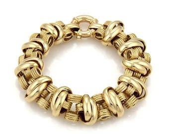20266 - Estate 14k Yellow Gold Textured 18mm Wide Fancy Link Bracelet