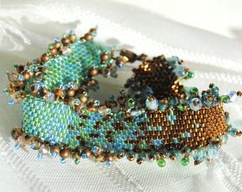 Sparkling Shoreline Bracelet