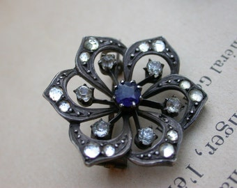 French vintage antique sterling silver  flower broochcrystal gemstone  brooch blue sapphire diamond CZ crystal