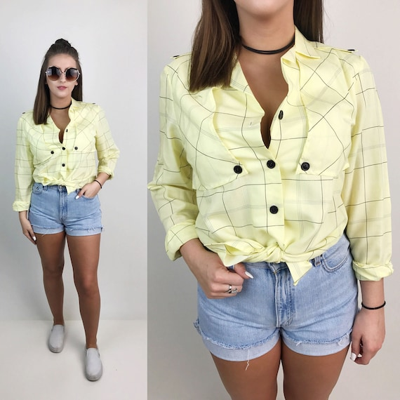 80's Pale Yellow All Over Print Button Up Blouse Medium - Soft Casual Button Front Double Breasted Long Sleeve Top - Pastel Printed Blouse