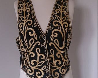 1990s Boho Gold Black Floral Patterned Waistcoat M