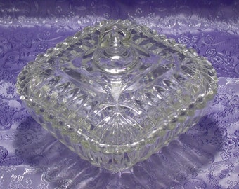 Mid Century Glass Candy Dish With Lid / L.E. Smith Square Candy Dish / EAPG Pressed Glass Candy Dish