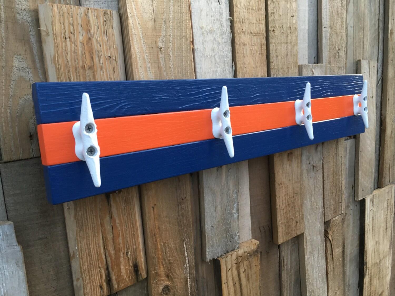 Nautical towel rack