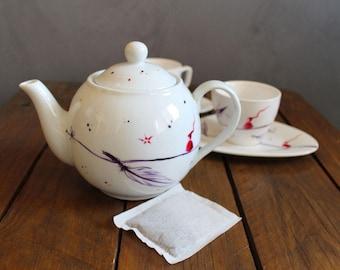 Illustrated Teapot for original tea time handmade/handpainted on white porcelain