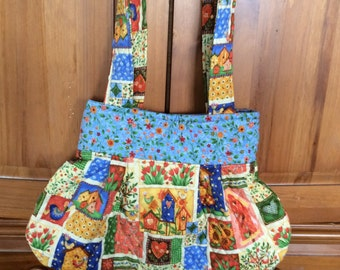 Quilted hand bag