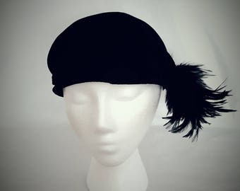 1930's Ladies Black Velvet Hat
