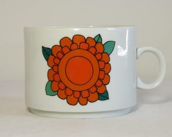 Mod daisy flower TUSCIA Italy porcelain coffee mug - French 70s vintage