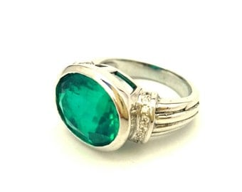 Emerald Men's Ring Russian Light Green Stone Vintage Sterling Silver 925 Size 8.0 Excellent
