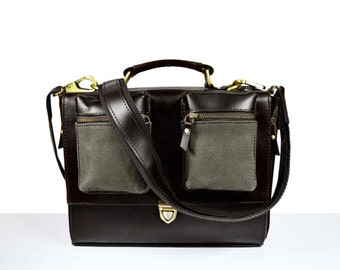 Qualitique Portfolio in Genuine Black Leather with grey hemp pockets
