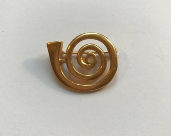 ON SALE!! Gold Wash Alva Museum Reproduction Brooch
