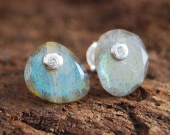 Labradorite Earrings, Labradorite Stud Earrings, Silver Stud Earrings, 925 Silver Earrings, Silver Gemstone Earrings, Boho Earrings, Studs