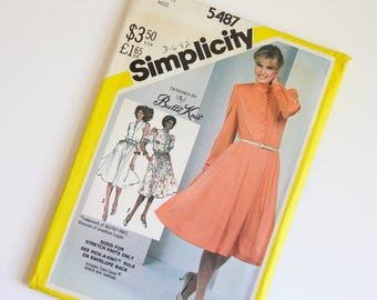 SIZE 12 5487 Simplicity Women's Dress UNCUT Sewing Pattern Vintage 1980s Eighties Misses For Stretch Knits Butte Knit Button Front Gathered