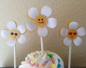 emojis decoration, emojis birthday party, emojis cupcake toppers, emojis birthday decorations, cupcake topper
