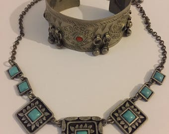 Vintage Native American Style jewellery - Cuff Bangle And Necklace