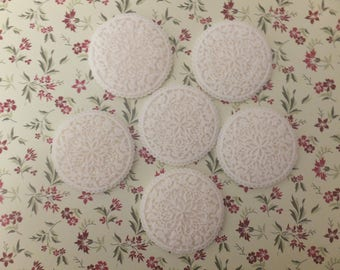 6 x Edible vintage floral lace ivory cupcake toppers for special occasions