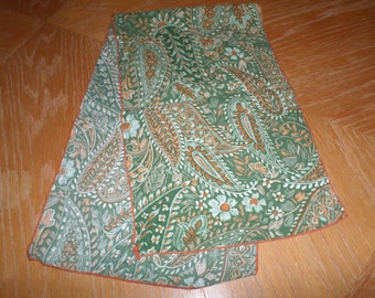 """Vintage Green Multi Colored Paisley Scarf 34"""" x 9"""""""