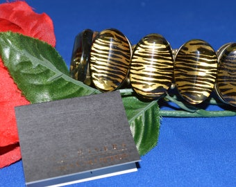 JOAN RIVERS BRACELET with Romance card and pouch, Average size and Stretch,  ships in 24 Hrs