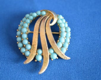 VINTAGE Crown TRIFARI Signed TURQUOISE  Gold Tone  Brooch  Pin ships in 24 Hrs