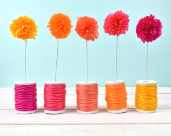 Ombre Wooden Spools with Pom Pom Flowers