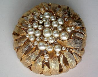 Large Domed Gold tone Brooch with faux Pearls & Rhinestones - 5353
