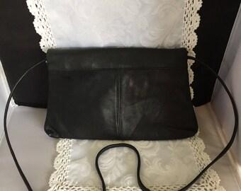 Q023  DeBin shoulder strap purse black leather