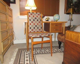 MID CENTURY MODERN Desk Chair
