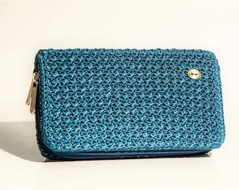 Wallet in crochet