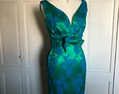 Sheath Wiggle Dress/1960s/Jackie Kennedy/Blue Green Brocade/Sleeveless/Size Small 2-4/Slim cut/Knee Length/ Cocktail Party Dress/Classic