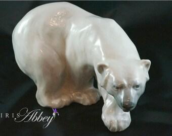 Vintage Royal Copenhagen Walking Polar Bear #1137 - Knud Kyhn