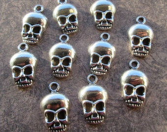 10 Antique Silver Skull Charms 27x15mm